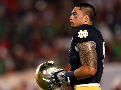 Notre Dame linebacker Manti Te'o. (Photo by Mike Ehrmann/Getty Images)