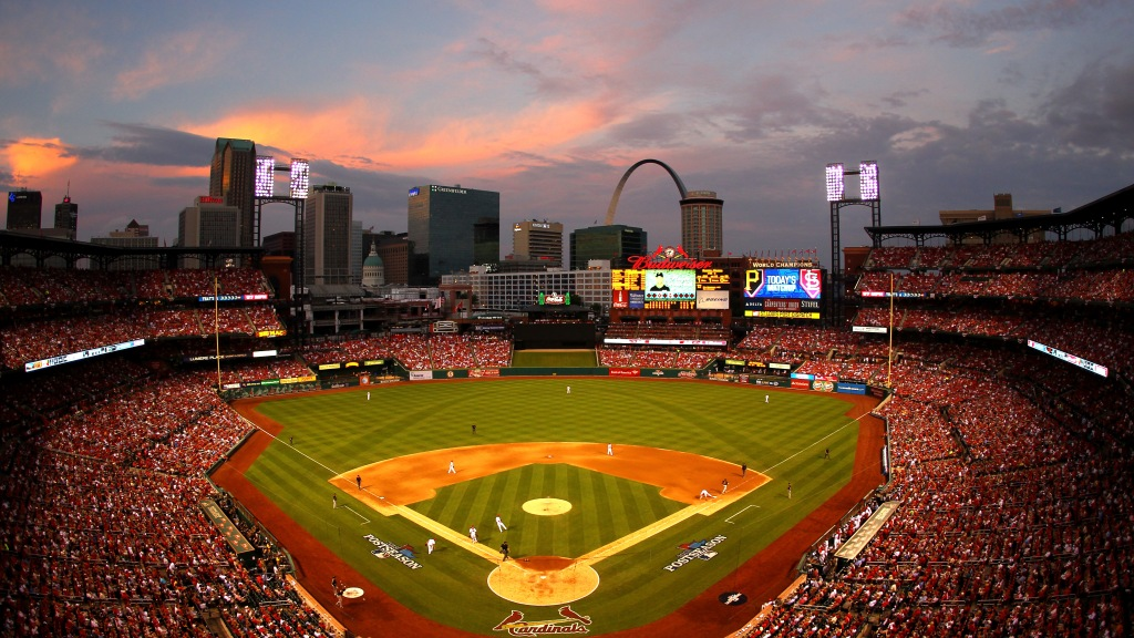 Social Story: Cardinal Fans Gear Up For NLDS Game 2 In St